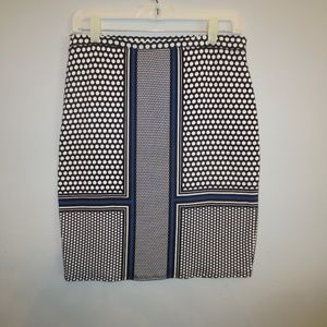 "Max Studio Pencil Skirt Lined Size S 20"" Length"